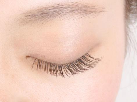 eye'oli(アイオリ)目黒の写真(新メニュー「ボリュームラッシュ(3Dラッシュ)」♪軽く今までにない羽のような付け心地!)